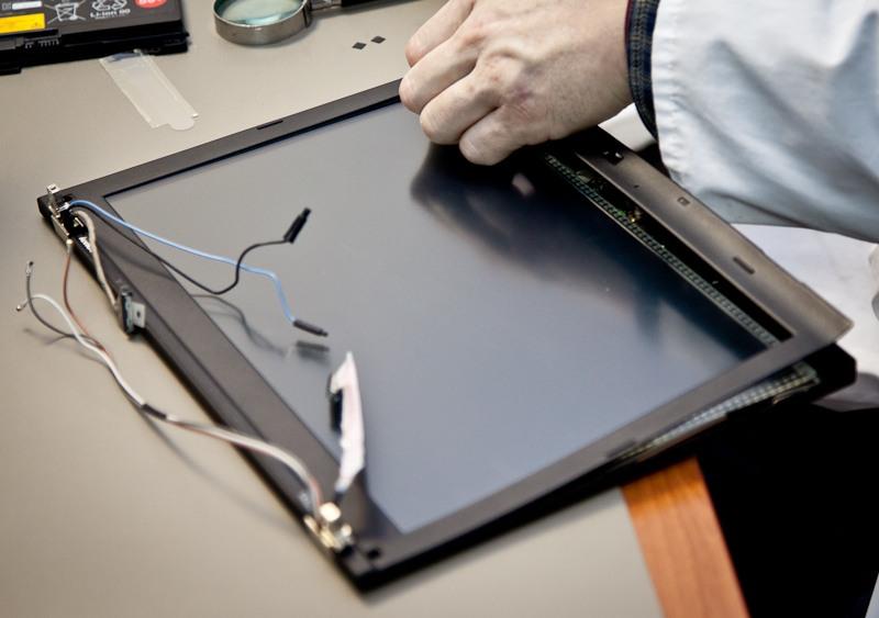 Замена матрицы на ноутбуке LG в СПб