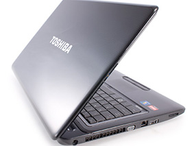 Замена матрицы на ноутбуке Toshiba Satellite L675D S7046